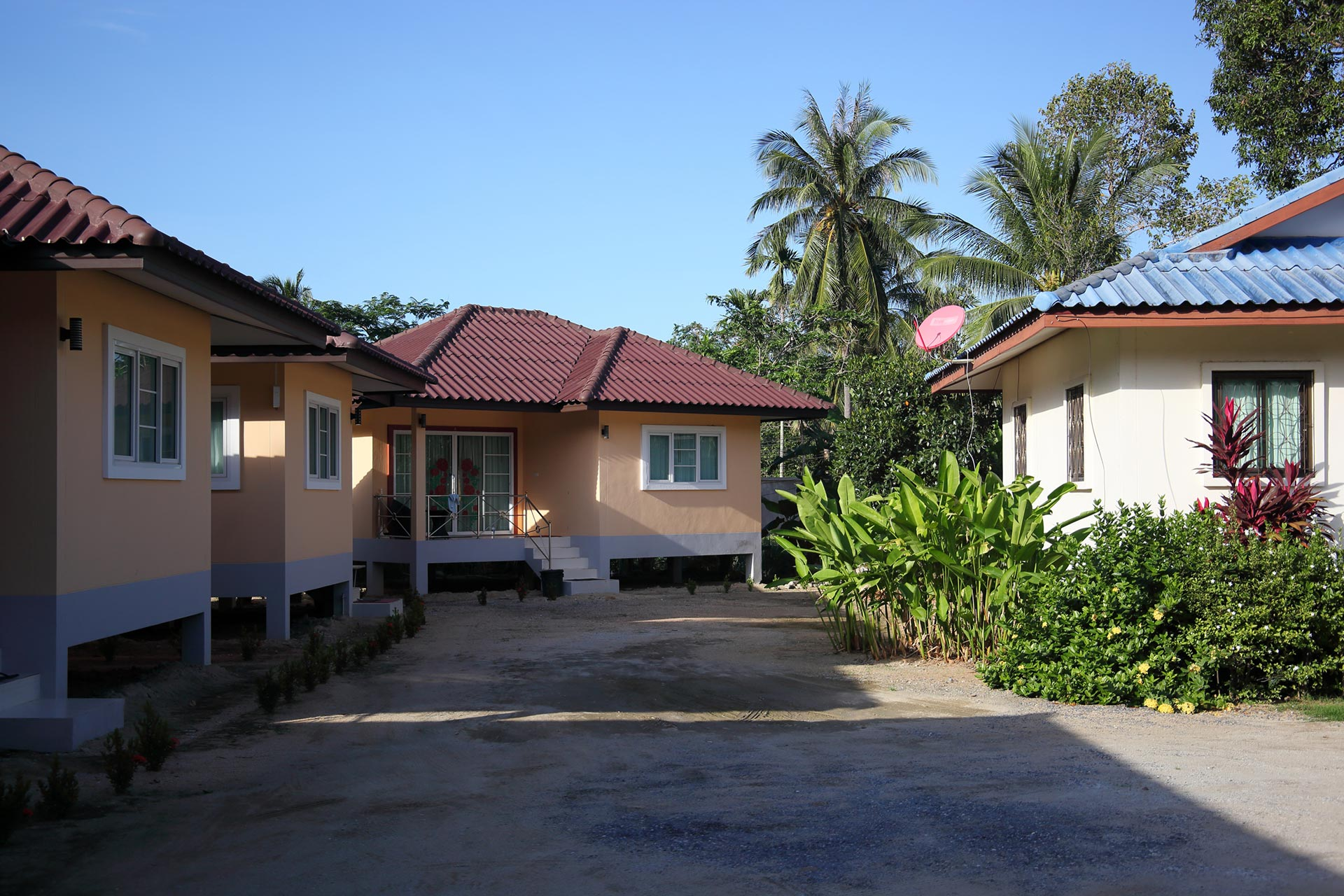 dom house samui