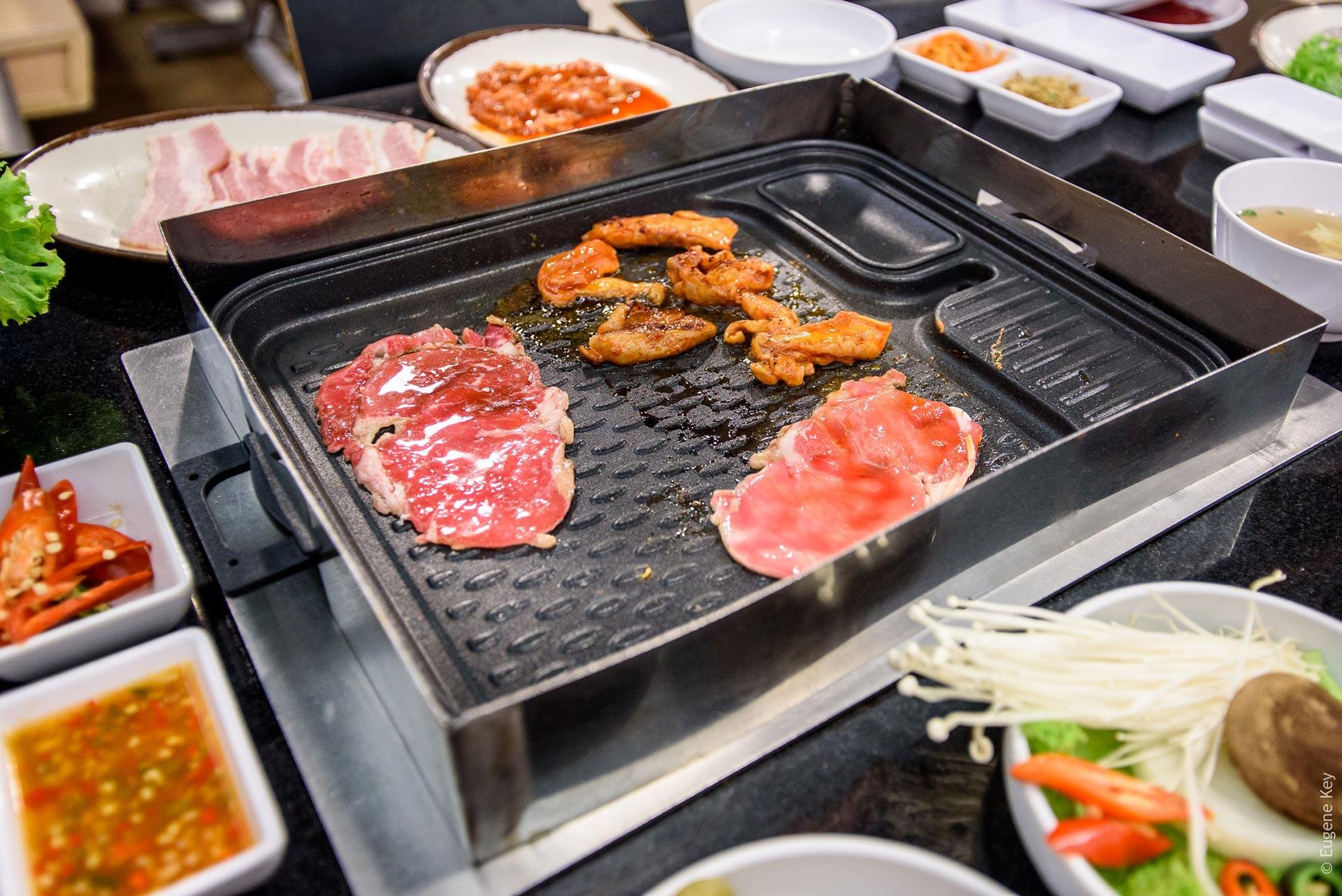 grill meat bangkok restaurant