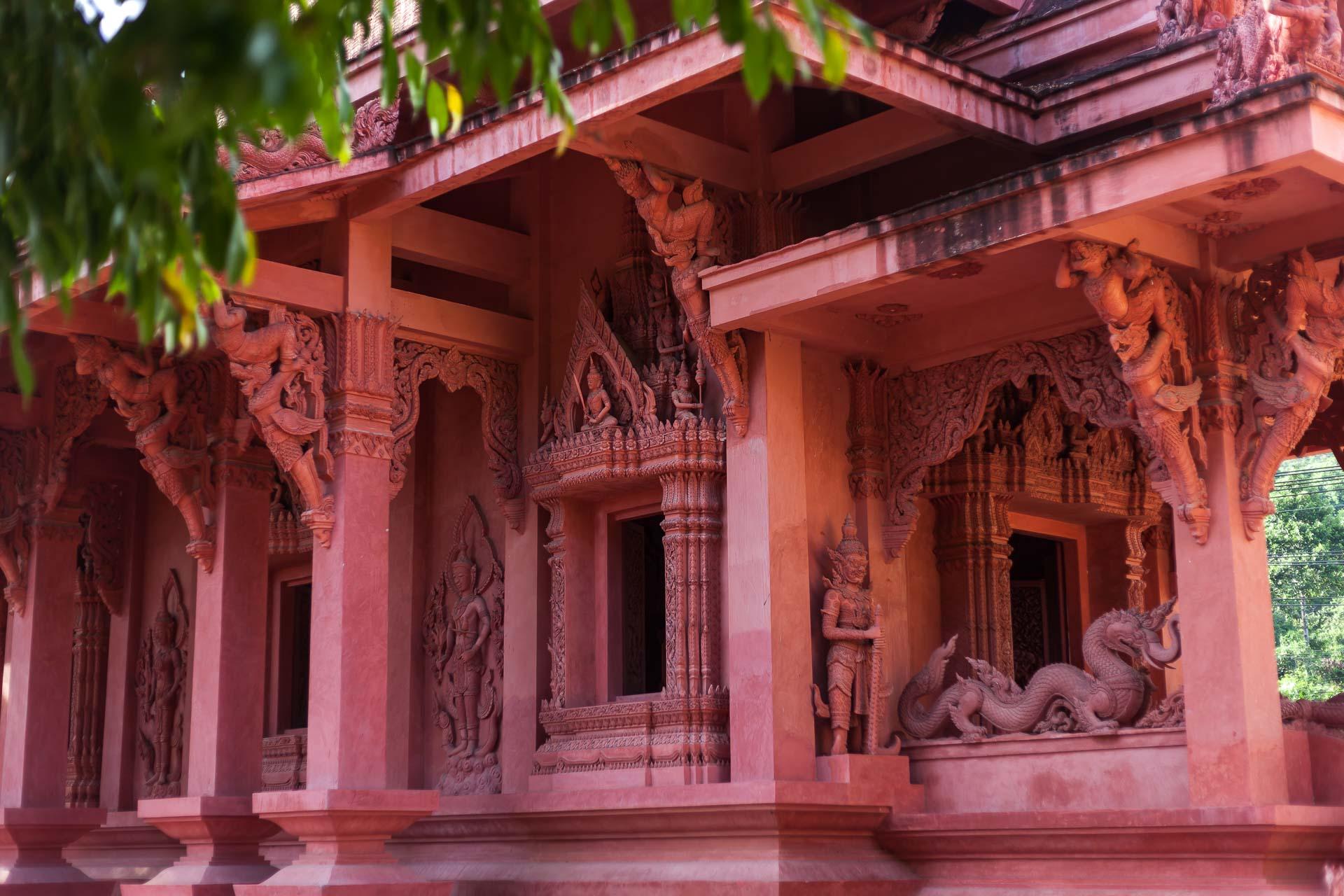 Красный храм, Терракотовый храм, храм из глины, буддизм, Ват Сила Нгу, Samui, Thailand,Waе Sila Ngu, Самуи, Таиланд