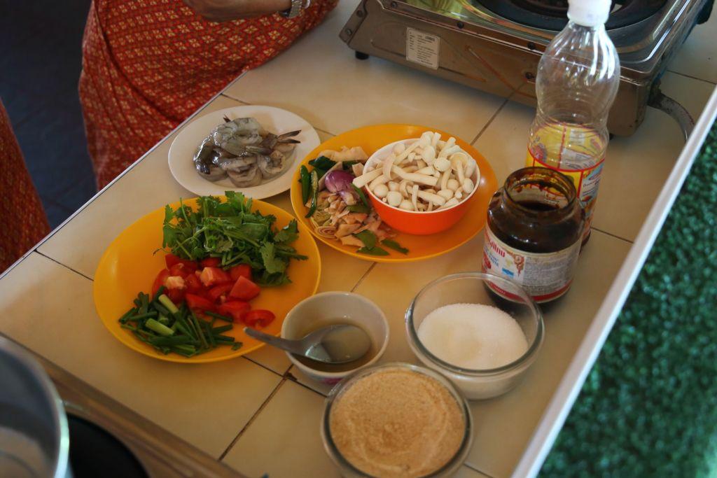 мастер-класс, кулинарные курсы, рецепт, тайская кухня, готовим тайские блюда, как приготовить, Таиланд, Самуи, развлечение, master class, cooking courses, recipe, Thai kitchen, cooking Thai dishes, how to cook, Thailand, Samui, entertainment, том ям, tom yam
