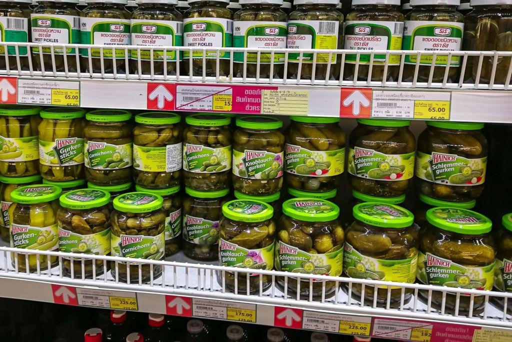 огурцы, маринованные огурцы, Food price Thailand, Tesko Lotus, Makro, Samui supermarket, цены на Самуи, цены на продукты в Таиланде, тайский супермаркет, обзор цен в Таиланде, обзор цена на Самуи, сколько стоит мясо в Таиланде, сколько стоят морепродукты в Таиланде, цены, Макро, Теско, Самуи, Тай,