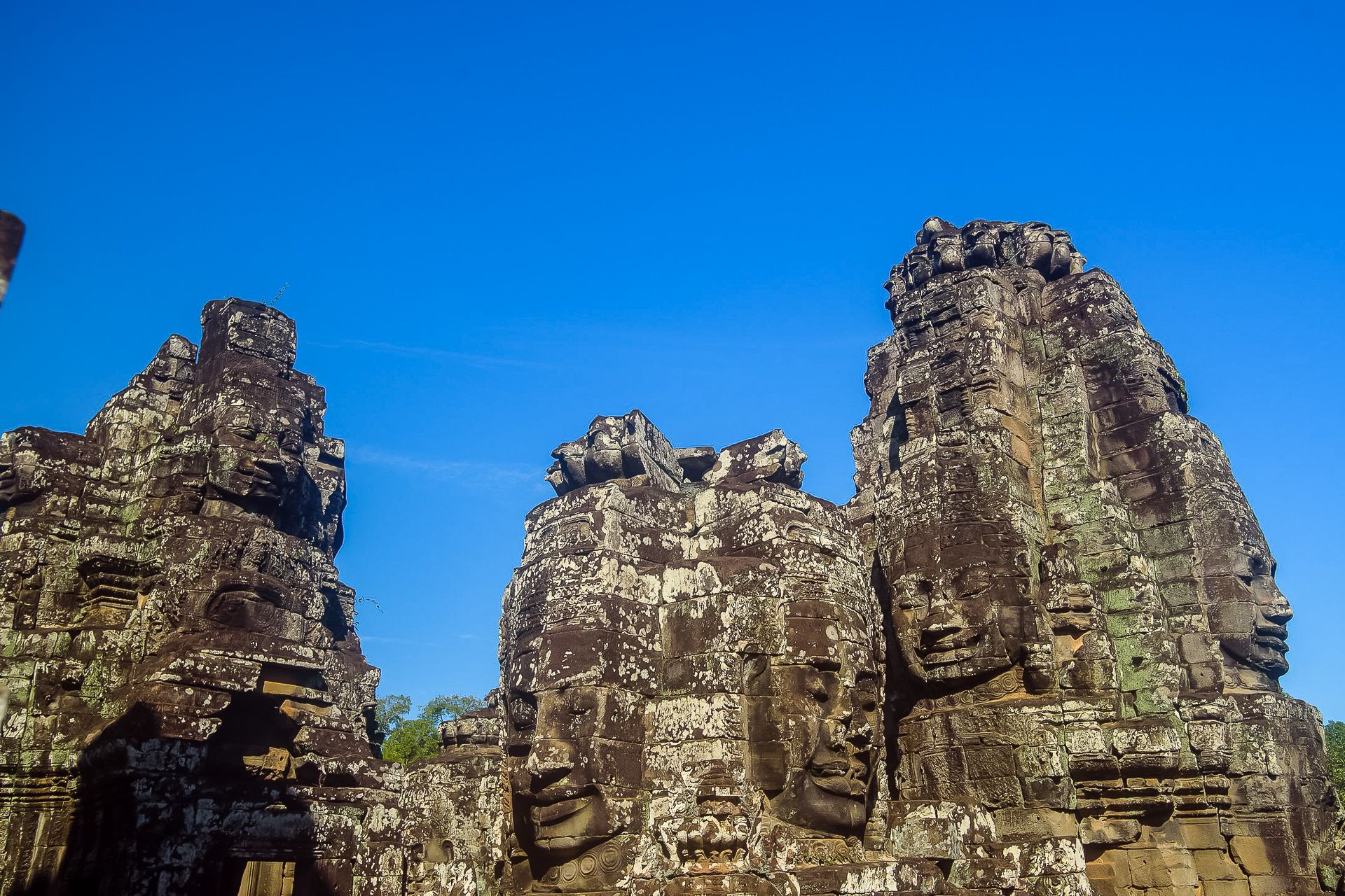 Камбоджа, Сием Рип, Cambodia, Siem Reap, Angkor , Ангкор, храм Байон, многоликие башни