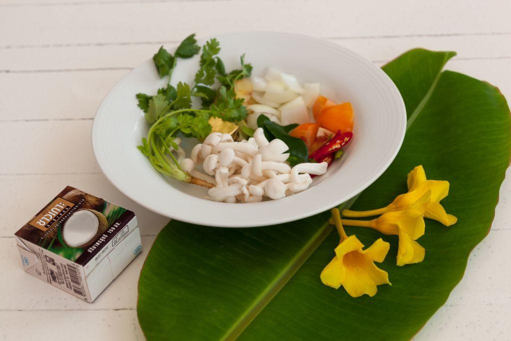 том кха, рецепт том кха, том ка рецепт, кокосовый суп, тайский кокосовый суп, тайский суп, рецепт тайский суп, как приготовить том кха, тайская кухня, Tom Kha, thai cuisine, aroy, арой, вкусно
