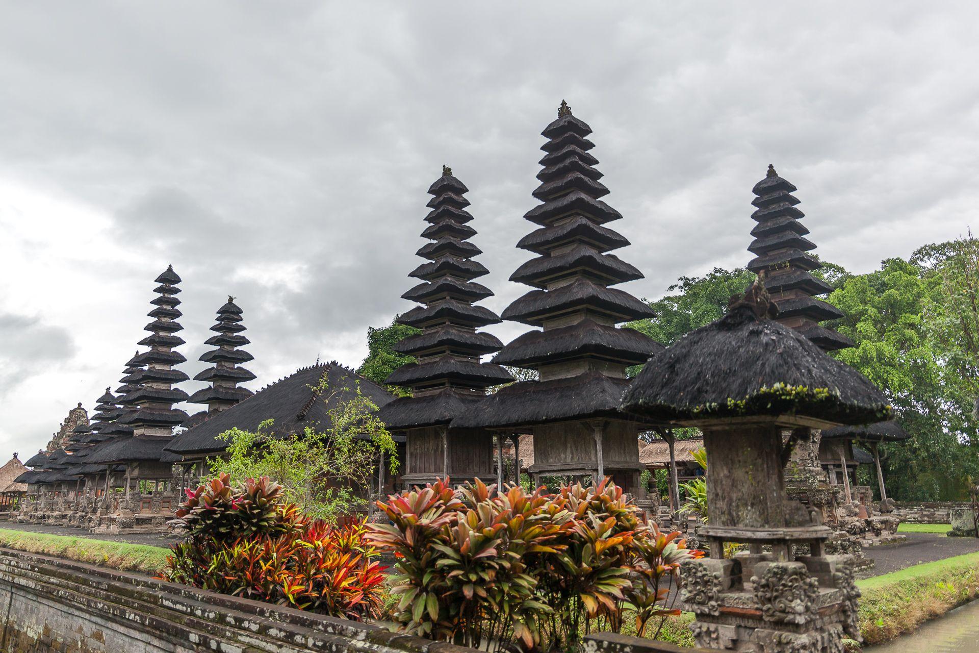 Bali, Indonesia, Pura Taman Aun, Taman Aun Temple, Бали, развлечения на Бали, экскурсии на Бали, рисовые поля на Бали, рисовые плантации на Бали, рисовые террасы на Бали, тегалаланг, тегаллаланг бали, что посмотреть на Бали, достопримечательности Бали, культура бали, рис на бали, фото на качелях Бали, где сделать фото на качелях на бали, инстаграм фото, Бали, Индонезия, храмы Бали, главные храмы Бали, Таман Аюн, Пура Таман Аюн, Храм Таман Аюн, остров богов и демонов, Бали остров богов и демонов, религия на Бали, достопримечательности Бали, что посмотреть на Бали, храмы Бали какие посмотреть, место для фотосессий на Бали, инстаграм фото Бали,