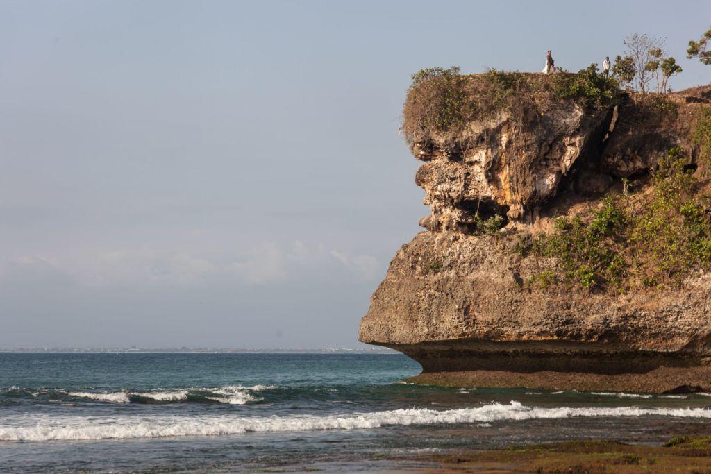 Bali, Indonesia, Bali beaches, beach bali, summer, ocean, sea, Bali sea, Indian ocean, Бали, пляжи Бали, пляжный отдых на Бали, где купаться на Бали, где белый песок на Бали, Бали море или океан, Индийский океан, море, лето, пляж, океан, волны, пляж баланган бали, баланган бали, баланган бич бали, balangan beach bali пляжи Бали Что вам надо знать про пляжи Бали? Balangan 7 1024x683