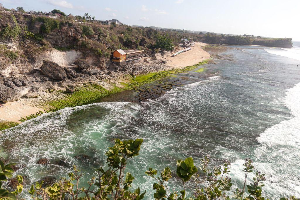 Bali, Indonesia, Bali beaches, beach bali, summer, ocean, sea, Bali sea, Indian ocean, Бали, пляжи Бали, пляжный отдых на Бали, где купаться на Бали, где белый песок на Бали, Бали море или океан, Индийский океан, море, лето, пляж, океан, волны, пляж баланган бали, баланган бали, баланган бич бали, balangan beach bali пляжи Бали Что вам надо знать про пляжи Бали? Balangan 14 1024x683