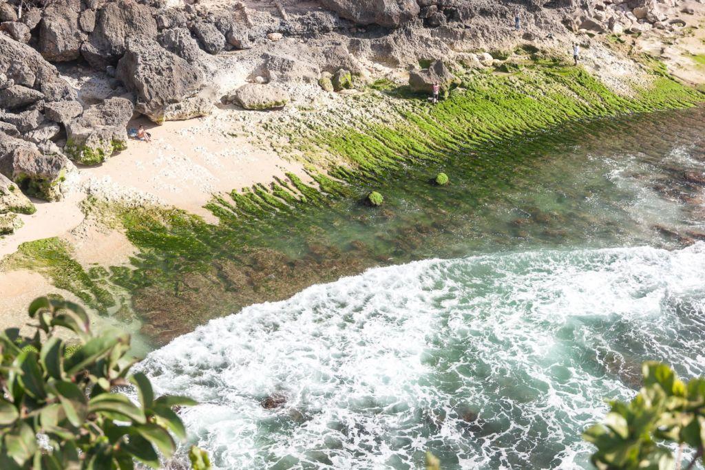 Bali, Indonesia, Bali beaches, beach bali, summer, ocean, sea, Bali sea, Indian ocean, Бали, пляжи Бали, пляжный отдых на Бали, где купаться на Бали, где белый песок на Бали, Бали море или океан, Индийский океан, море, лето, пляж, океан, волны, пляж баланган бали, баланган бали, баланган бич бали, balangan beach bali пляжи Бали Что вам надо знать про пляжи Бали? Balangan 15 1024x683
