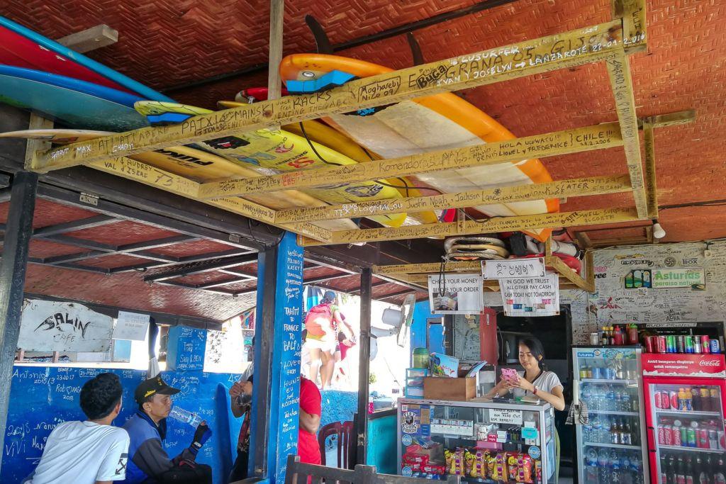 Bali, Indonesia, Bali beaches, beach bali, summer, ocean, sea, Bali sea, Indian ocean, Бали, пляжи Бали, пляжный отдых на Бали, где купаться на Бали, где белый песок на Бали, Бали море или океан, Индийский океан, море, лето, пляж, океан, волны, пляж сулубан бали, сулубан бали, сулубан бич бали, suluban beach bali, пляж сулубан на бали, разбитые корабли на пляже бали, старые корабли на пляже бали, серфинг на бали пляжи Бали Что вам надо знать про пляжи Бали? Suluban 12 1024x683