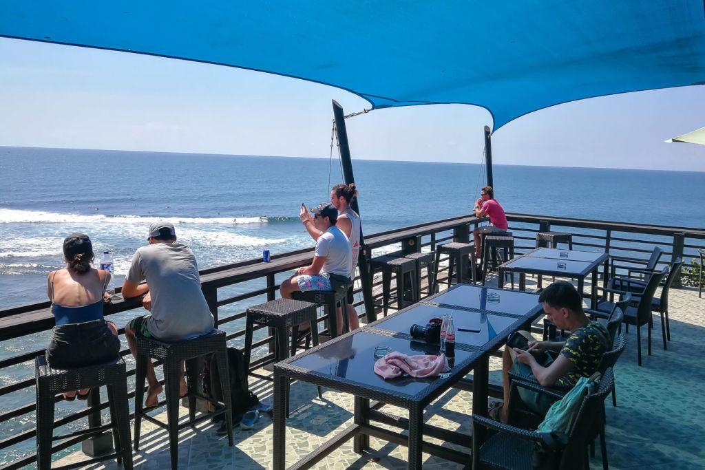 Bali, Indonesia, Bali beaches, beach bali, summer, ocean, sea, Bali sea, Indian ocean, Бали, пляжи Бали, пляжный отдых на Бали, где купаться на Бали, где белый песок на Бали, Бали море или океан, Индийский океан, море, лето, пляж, океан, волны, пляж сулубан бали, сулубан бали, сулубан бич бали, suluban beach bali, пляж сулубан на бали, разбитые корабли на пляже бали, старые корабли на пляже бали, серфинг на бали пляжи Бали Что вам надо знать про пляжи Бали? Suluban 18 1024x683
