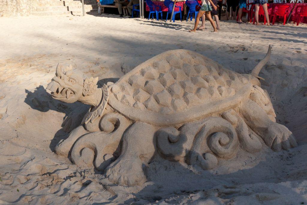 Bali, Indonesia, Bali beaches, beach bali, summer, ocean, sea, Bali sea, Indian ocean, Бали, пляжи Бали, пляжный отдых на Бали, где купаться на Бали, где белый песок на Бали, Бали море или океан, Индийский океан, море, лето, пляж, океан, волны, пляж паданг паданг бали, паданг бали, паданг паданг бич бали, padang padang beach bali, пляж паданг паданг на бали, вечер на пляже бали, популярный пляж бали, серфинг на бали, мавик эир, фото бали с коптера пляжи Бали Что вам надо знать про пляжи Бали? Padang Padang 18 1024x683