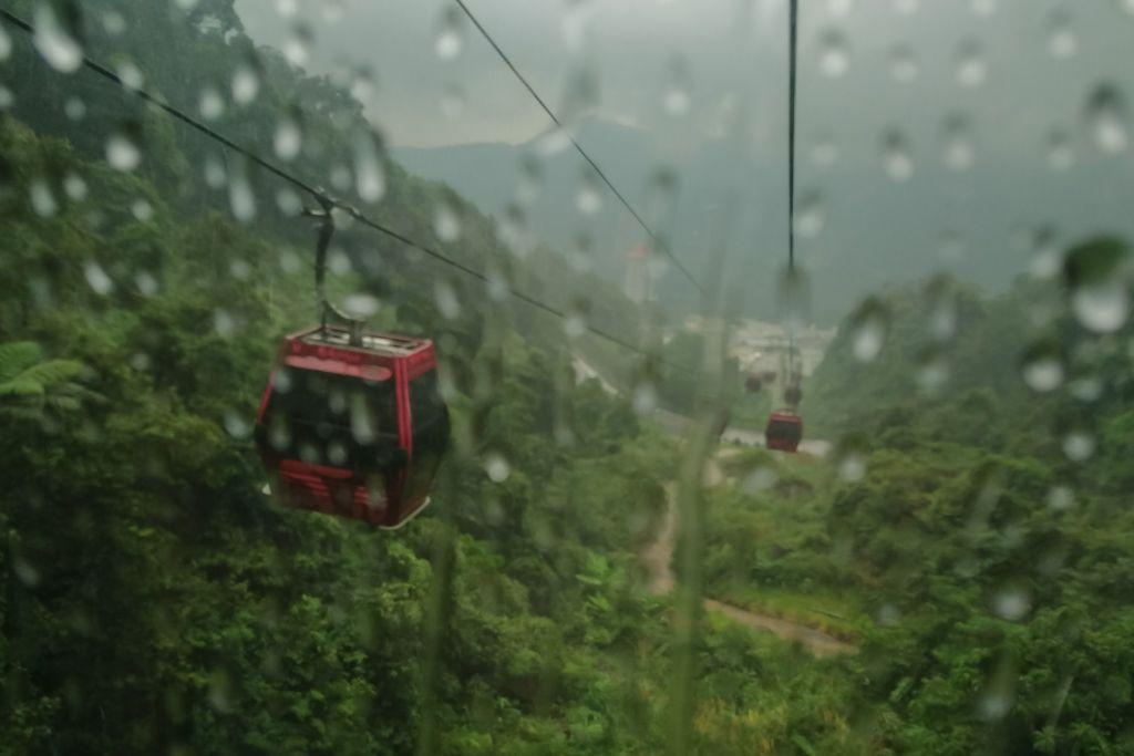 фуникулер, канатная дорога, Малайзия, Куала-Лумпур, что посмотреть в Куала-Лумпуре, развлечения Куала-Лумпур, экскурсии в Куала-Лумпуре, интересные места в Куала-Лумпуре, Гентинг Хайлендс, Genting Highlands, Kuala Lumpur, Malaysia