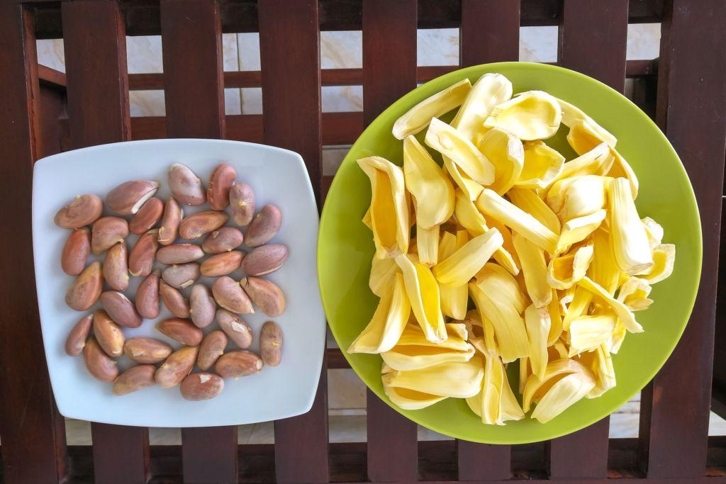 Jackfruit, Шри-Ланка, джекфрут, джекфрукт, джек фрукт, самый большой фрукт в мире, как выглядит джекфрут, как едят джекфрут, как готовят джекфрут, как готовят хлебное дерево, хлебное дерево, необычный рецепт для вегетарианцев, вегетарианский рецепт