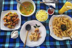 Шри-Ланка, Унаватуна, еда на Шри-Ланке, где покушать в Унаватуне, где вкусно поесть в Унаватуне, лучшие кафе в Унаватуне, Унаватуна лучшие кафе и рестораны, рейтинг кафе Унаватуна, наши любимые кафе на Шри-Ланке, Srilanka cafe, best cafe Unawatuna, обзор цен Унаватуна, обзор кафе Унаватуна, сколько стоит покушать в Унаватуне, сколько стоит обед на Шри-ланке, сколько стоит поесть в кафе Унаватуна